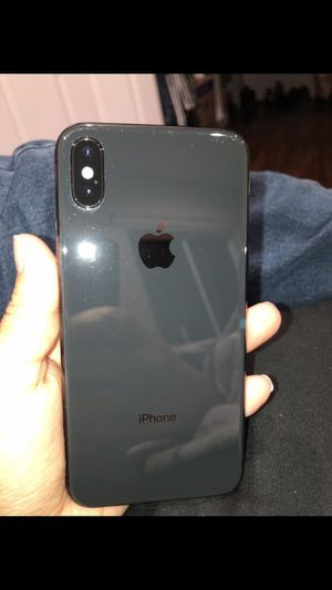 Iphone X- ATT/Cricket for Sale in Houston, TX