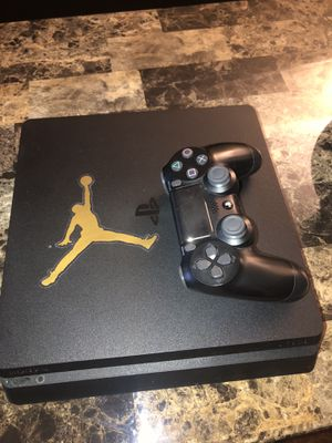 PS4 500gb w/ Controller for Sale in Rockville, MD