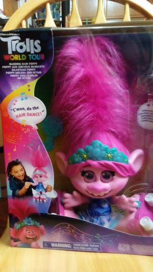 NEW. Trolls world tour Dancing hair poppy for Sale in San Fernando, CA