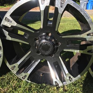20x9 black and chrome rims for Sale in Steilacoom, WA