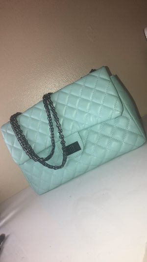Tiffany blue Hand bag for Sale in Bloomington, CA