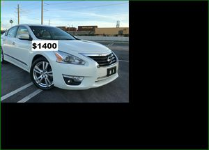 $1400 Nissan Altima for Sale in Berkeley, MO
