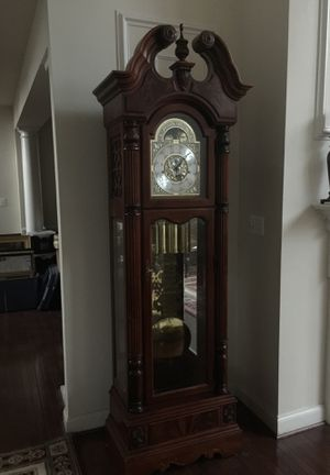 Howard Miller Grandfather Clock Ambassador Collection for Sale in Ashburn, VA
