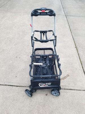 Double snap and go stroller for Sale in Pittsburgh, PA