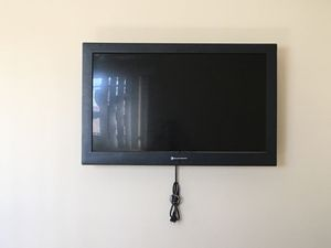 32 inch element tv for Sale in Los Angeles, CA