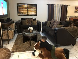 Living Room Set Brown Leather Couches With Coffee Table and Gold Rug for Sale in Bell Gardens, CA