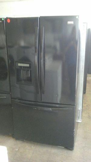 Refrigerator black Kenmore Elite for Sale in Northglenn, CO