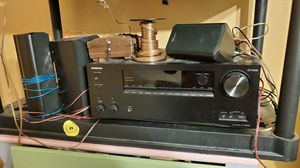 Onkyo TX-686 with speakers for Sale in Kissimmee, FL