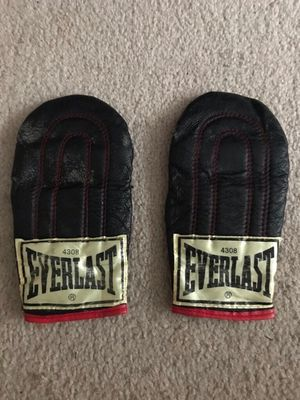 Everlast Speed Bag Gloves for Sale in Everett, WA