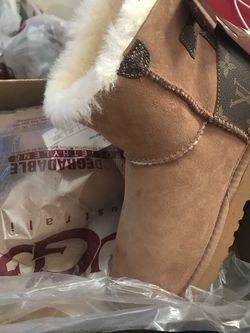 LV Ugg's for Sale in Las Vegas,  NV