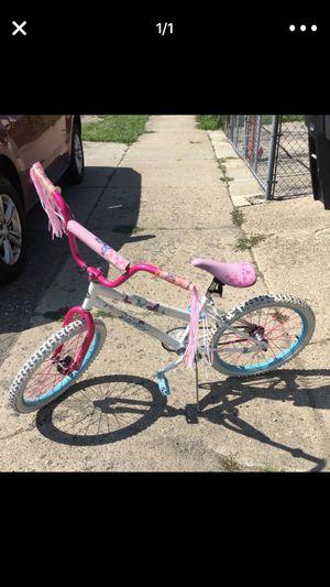 Girls bike for Sale in Wyandotte, MI