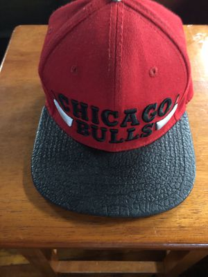 Chicago pulls hat leather gator brim for Sale in Baltimore, MD