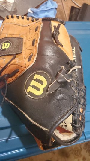 "Wilson softball leather glove 13"" right handed. Ultra soft lining for Sale in Modesto, CA"