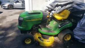 JOHN DEERE LAWN MOWER for Sale in Mount Vernon, NY