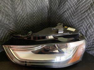 Audi A4 S4 Left Driver Xenon HID Headlight Headlamp 8K0941005E Cond. A OEM OE for Sale in Los Angeles, CA