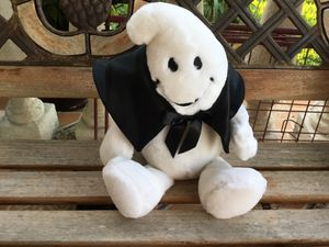 HALLOWEEN GHOST STUFFED ANIMAL (READ DESCRIPTION )SAYS HAPPY HALLOWEEN / GIGGLE / SHAKE AND LAUGHT OUT LOUD) * CHECK OUT ALL MY OFFERS * SERIOUS BUY for Sale in Miami, FL