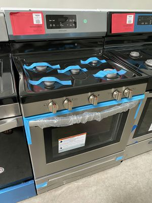 New Frigidaire Stainless Gas Range On Sale 1yr Factory Warranty for Sale in Gilbert, AZ