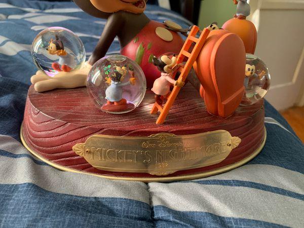Mickey nightmare disney snow globe