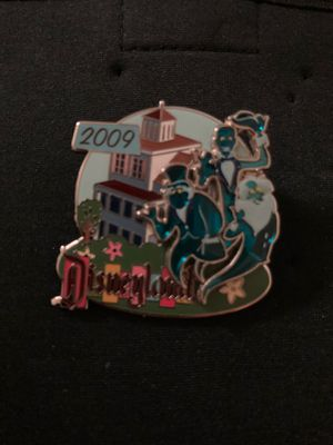 Disney trading pins haunted mansion 2009 for Sale in Laguna Hills, CA