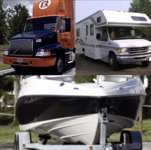 PARQUEO PARA BOTES, CAMPERS, TRAILERS ASTA 25 pies for Sale in Miami, FL