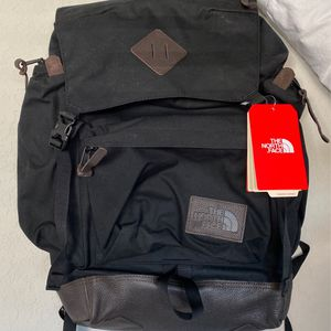 BRAND NEW NORTH FACE BACKPACK for Sale in San Antonio, TX