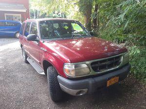 1999 ford explorer xlt for Sale in Webster, NY