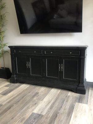 Davis TV Stand for Sale in Columbus, OH