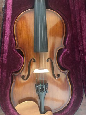 1/4 violin solid wood and shoulder rest for kids for Sale in Katy, TX