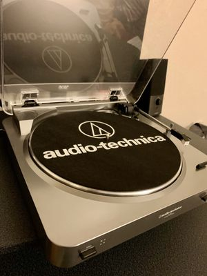 Audio-Technica AT-LP60 Turntable (Silver) for Sale in Daly City, CA