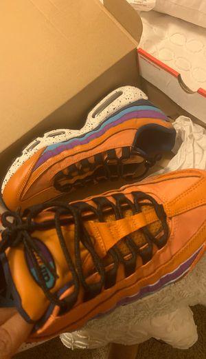 Nike Air Max 95 size 9.5 Men's (never worn in box) for Sale in Dallas, GA