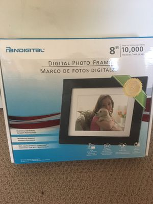 Digital picture frame for Sale in Cupertino, CA