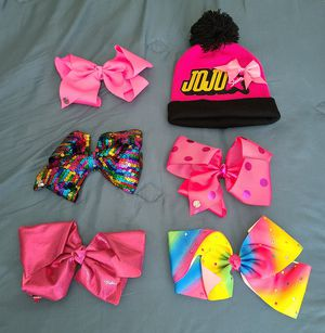 JoJo Siwa Bows and Beanie for Sale in Queen Creek, AZ