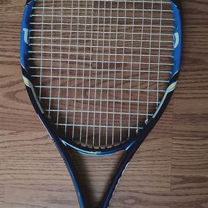 Wilson Ultra Tennis Racket Like New for Sale in Seattle, WA
