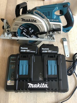 Makita skillsaw with two 5.0 batteries and charger for Sale in Castro Valley, CA