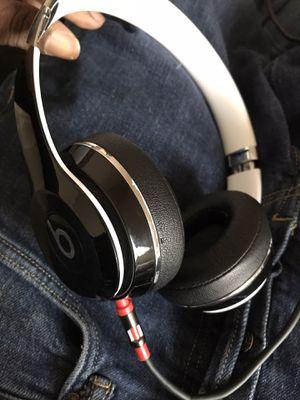 Dre Beats solo No Bluetooth for Sale in College Park, GA