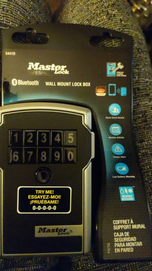 Master lock bluetooth lock box for Sale in Bothell, WA