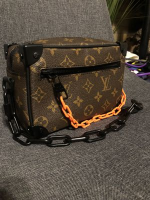 Louis Vuitton LV mini trunk shoulder bag for Sale in Fullerton, CA