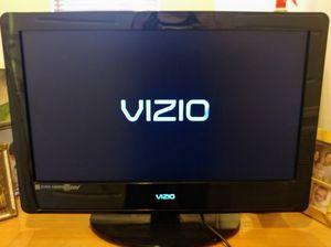 """Vizio 26"""" 720p 60Hz LCD HDTV VA26LHDTV10T TV for Sale in Poway, CA"""