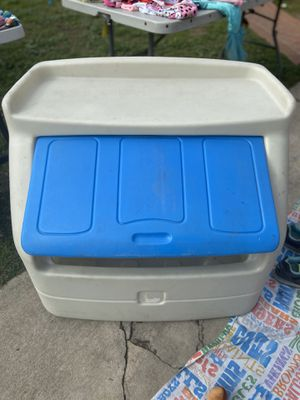 Kids toy chest for Sale in Anaheim, CA