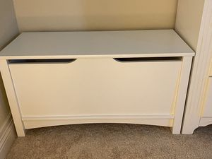 Kids Storage/ Toy Chest/ Bench for Sale in Henderson, NV