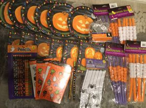 HALLOWEEN Thanksgiving *NEW* Party Supplies Kids Adult Huge Set for Sale in Brooklyn, NY