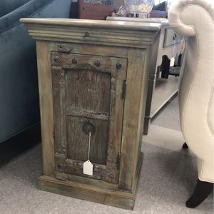 Vintage Wood Cabinet End Table Nightstand for Sale in Irvine, CA