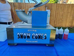Snowcone machine for Sale in North Providence, RI