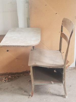 Irwin desk for Sale in FALLING WTRS, WV