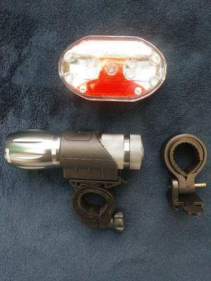 Zefal bike light set, aluminum front light.. Both detachable.. Brand new.. Never used, various light patterns.. Real bright..! Nice.! for Sale in San Diego, CA