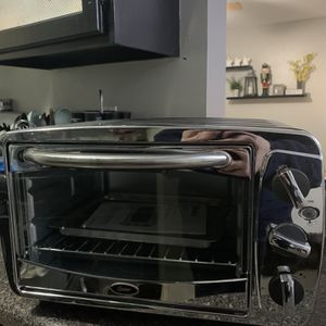 Oster Toaster Oven for Sale in Columbia, MO