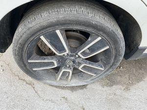 Kia Soul 2015 one rim and tire for Sale in Opa-locka, FL