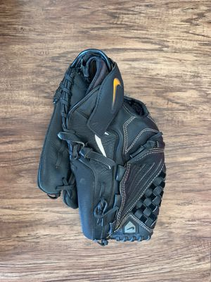Nike Baseball/Softball Glove for Sale in Oklahoma City, OK