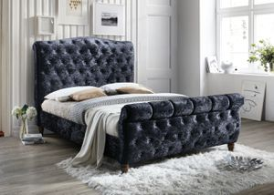 Queen size black bed with mattress and free delivery for Sale in Irving, TX