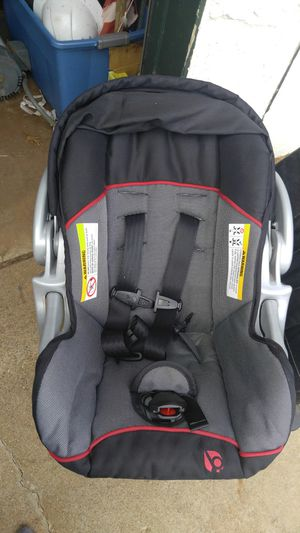 Infant car seat - like new for Sale in Lubbock, TX